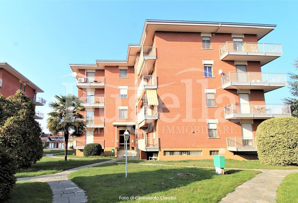 Vendiamo appartamento 4 locali con box auto in Verrone